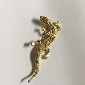 Gold Lizard Gecko Pin